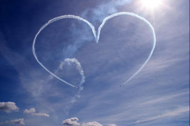 img 1387696997 394  صور رومانسية حلوة , صور حلوة عن الحب
