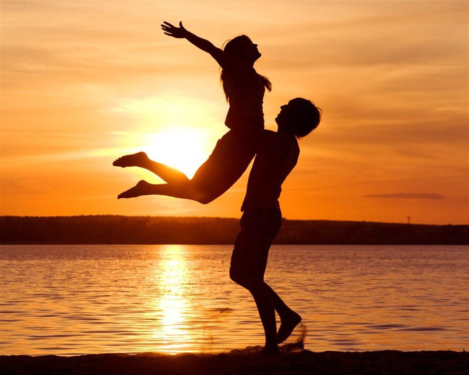 img 1388333461 515 اجدد صور قلوب حب للتصميم , صور خلفيات قلوب رومانتيك