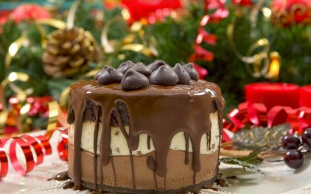 تورتة عيد ميلاد لذيذة (1)