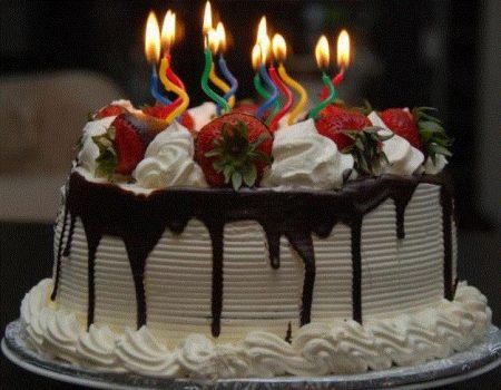 تورتة عيد ميلاد لذيذة (2)