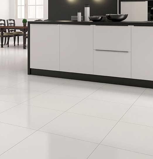 ارضيات سيراميك و باركية و بورسلين باللون الابيض - A kitchen with red floor - Tile